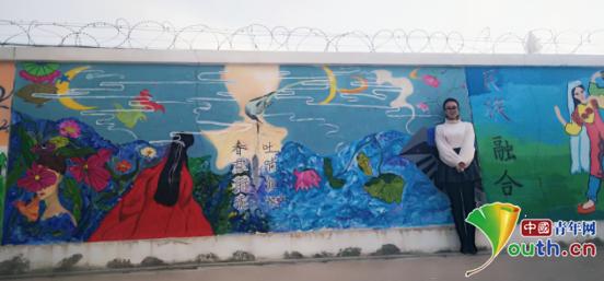 河南师大研支团:涂鸦文化墙绘 创建魅力校园