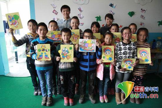 大连海事大支教团让孩子收获书本外的快乐