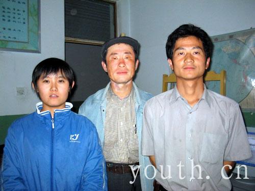 甘肃支教志愿者牟鲲鹏和她的学生们