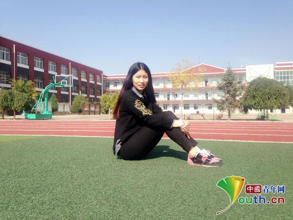 2014年6月毕业于青岛科技大学艺术学院视觉传达专业
